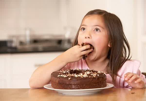 3 Efek Makan Coklat Berlebihan Ini Bisa Berakibat Fatal