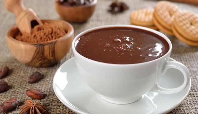 5 Manfaat Rahasia Minum Coklat Panas